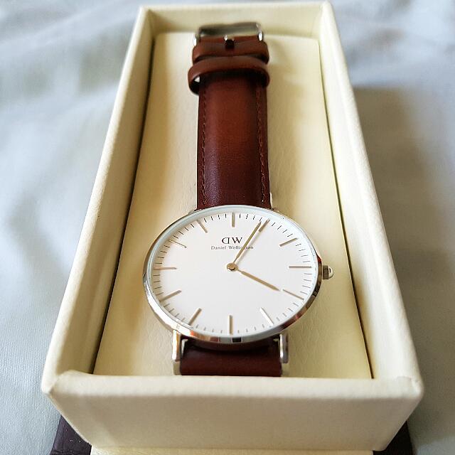Genuine Daniel Wellington Classic Unisex Leather Watch