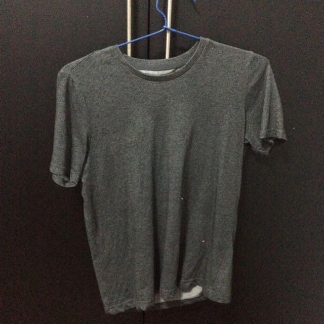 Giordano Tshirt Size Xs