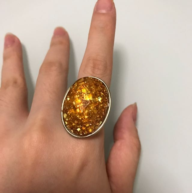 Gold Stone Oval Ring