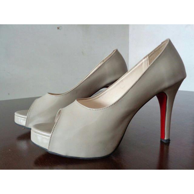 High Heels From La Jolie