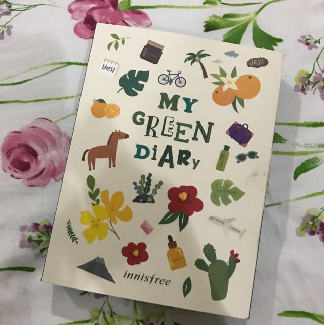 "Innisfree ""My Green Diary"" Schedule Book 2017"