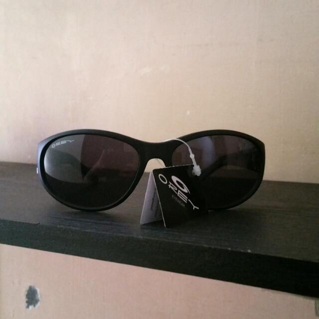 tisgratis Kacamata hitam OREY 0afda4fc84