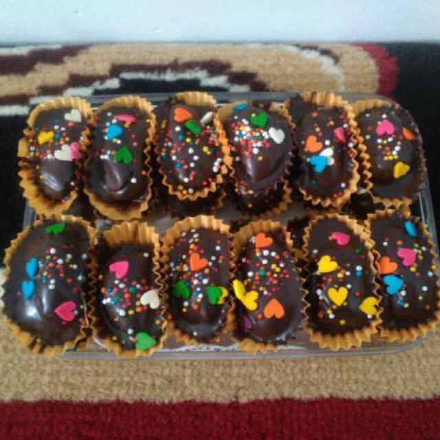 Kurma Coklat Isi Aneka Rasa