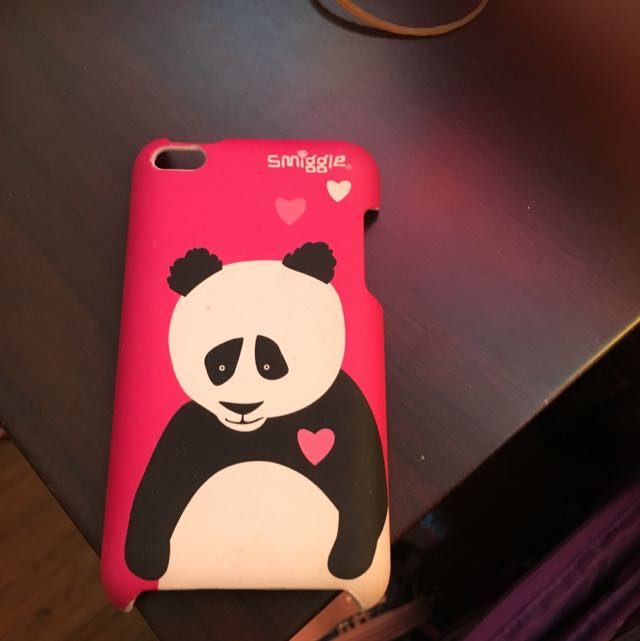 Limited iPod Smiggle Panda Case