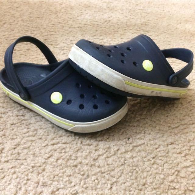 Navy Blue crocs Size 12/13
