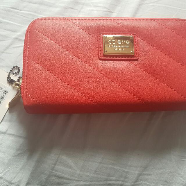 reddish collete wallet