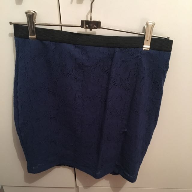 Sportsgirl Fitted Blue Lace Skirt, Size XS
