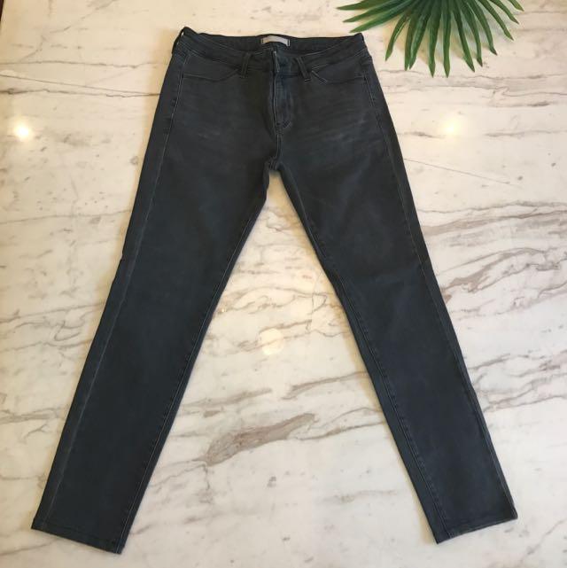 UNIQLO Black Jeans