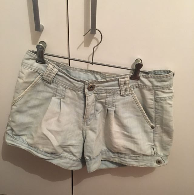 Valleygirl High waisted Denim Shorts, Size 8.