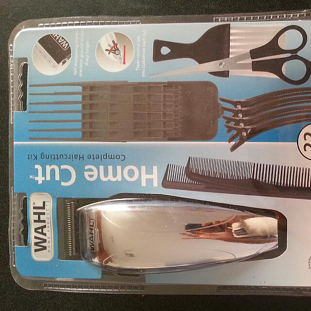 Wahl 22 Pieces Complete Haircutting Kit