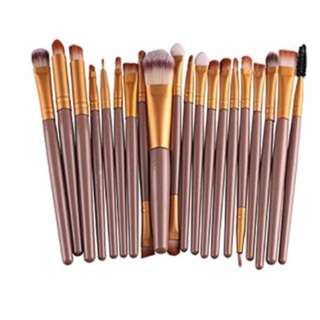 Set of 20 Makeup brushes