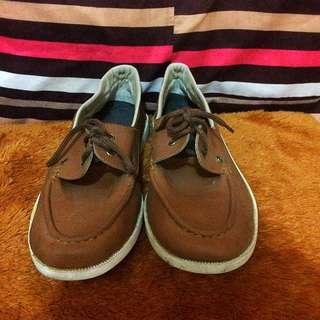 preloved slip on shoes