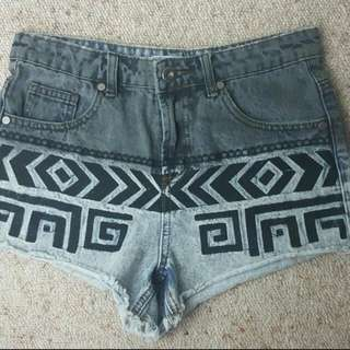 Shorts Size 10a!