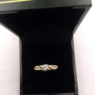 Genuine 18CT Yellow Gold And Diamond Ring