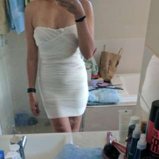 Valley Girl - Xs - Strapless White Bandage Dress