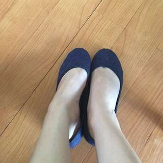 Laced Flat Shoes