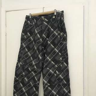 Size S Men's O'Neill Snow Pants