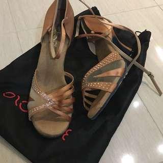 Brand New Vivaz Dance Shoesn