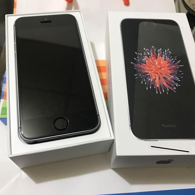 保固還有11個月的iPhone SE 16g 太空灰