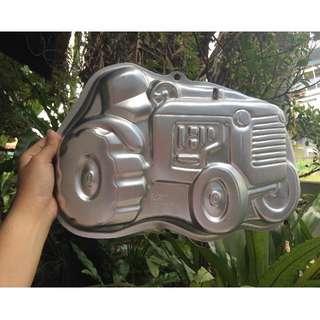 tractor cake baking pan