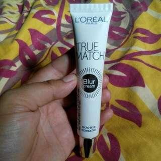 L'Oreal Paris True Match Blur Cream