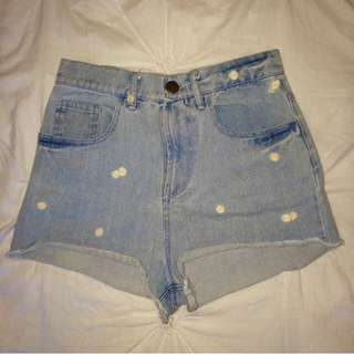 Denim daisy shorts