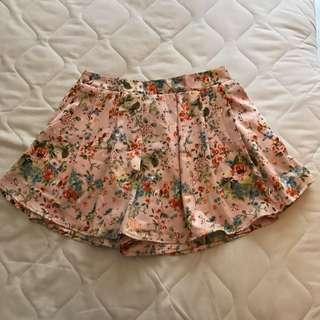 Minimal's Très Jolie Skirt