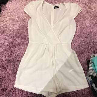 Size 8 (big Fit) Play suit
