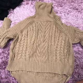 Size 8 Turtle Neck Jumper