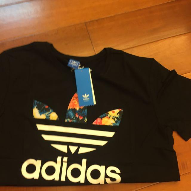 Adidas 短T 男