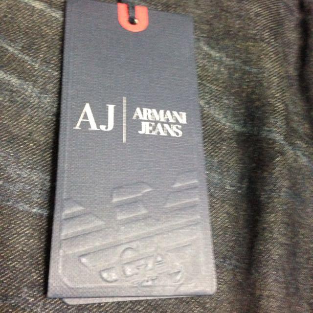 (BNWT) (nego) Armani Jeans J16