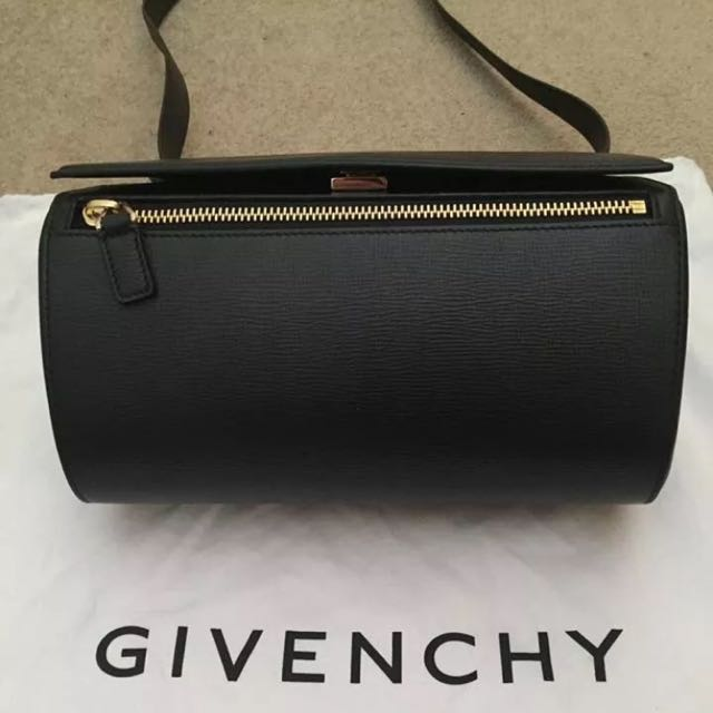 Authentic 100% - Givenchy pandora