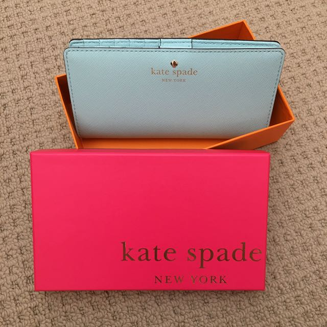 AUTHENTIC Kate Spade ♠️ bifold wallet