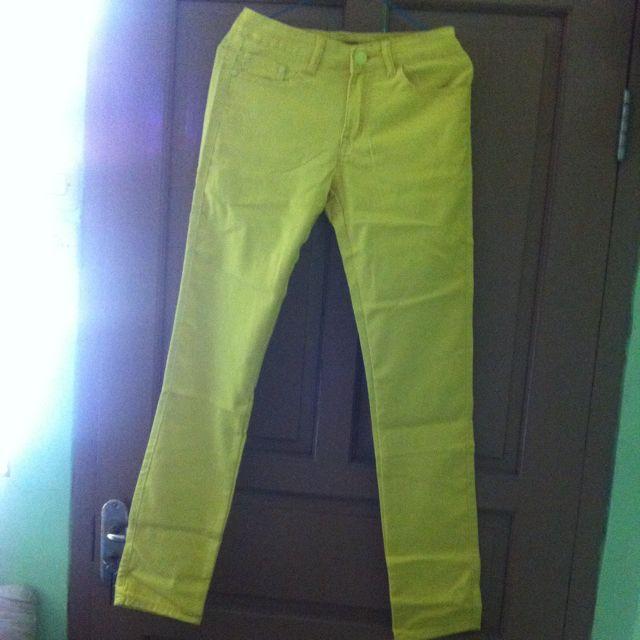 Bebe Yellow