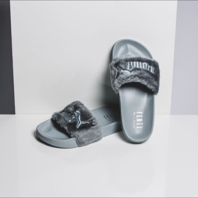 new concept a5f9f 8d715 fenty puma fur slides, Women's Fashion, Shoes on Carousell