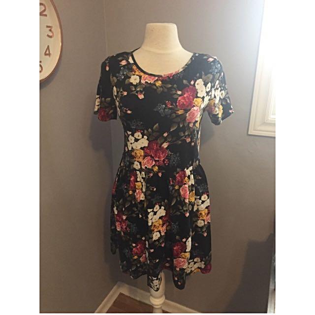 Forever 21 Size M / L Floral Cottony Dress