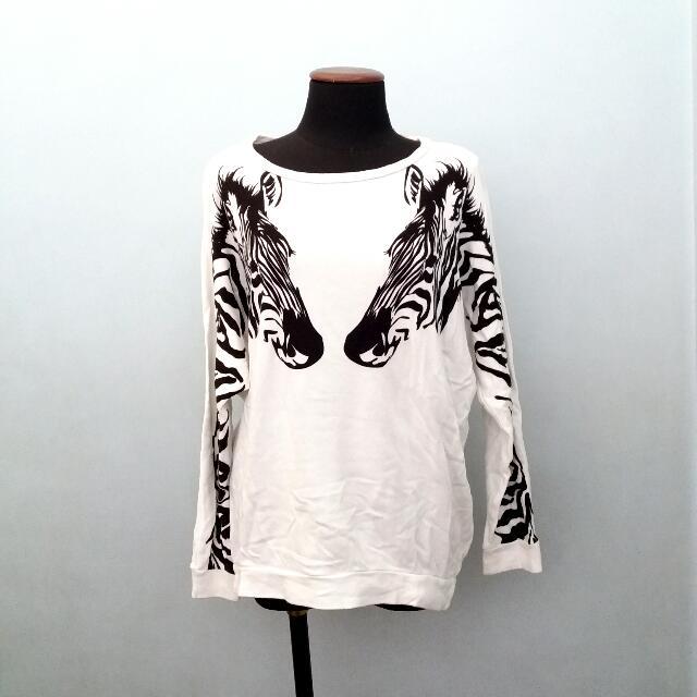Forever 21 White Zebra Sweater