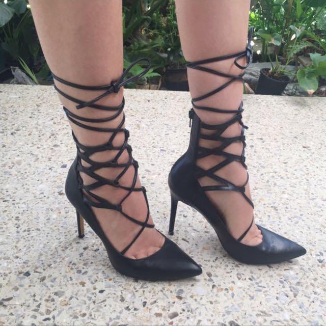 Lipstick Heels ☀️
