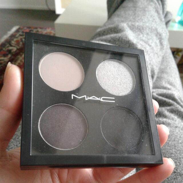 MAC Eyeshadow Quad