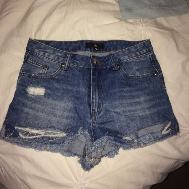 Missguided High waisted Denim Shorts