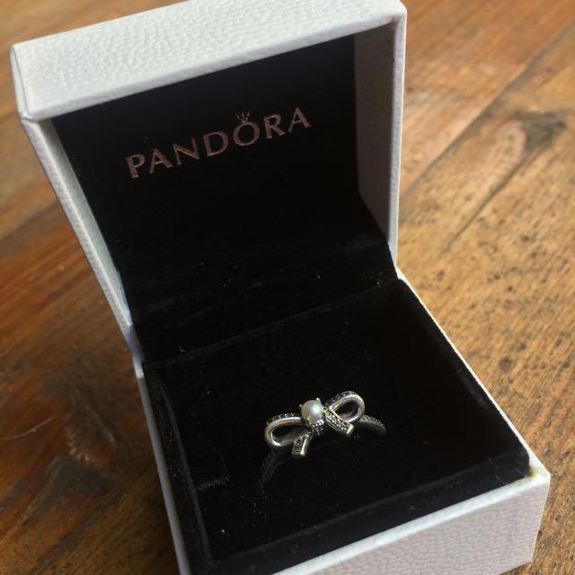 Pandora Silver Pearl Bow Ring