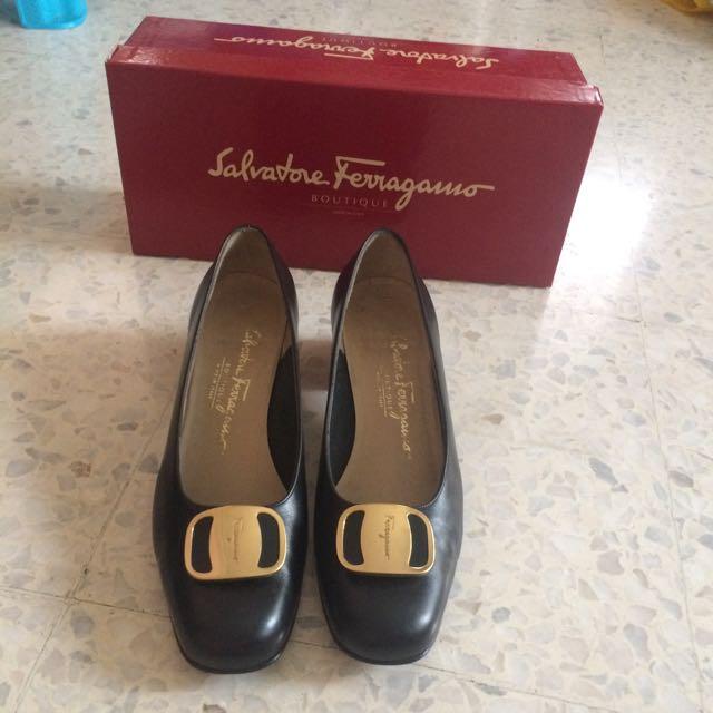 90bccea82afb Salvatore Ferragamo Authentic 4cm Gift Nero Calf Shoe