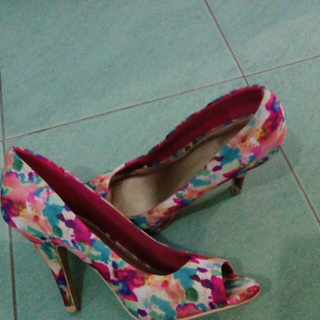Sepatu Cantik Turun Hrg