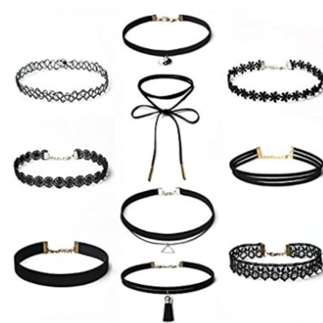 Set of 10 black chokers