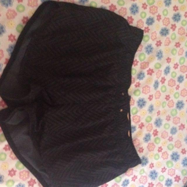 Shorts Size XL
