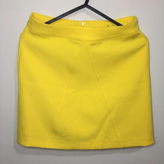 Stradivarius Yellow A-line Skirt