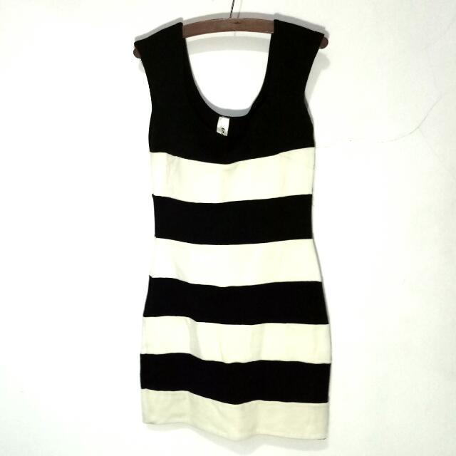 Stripe Span Dress