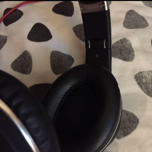 Studio Beats By Dr Dre