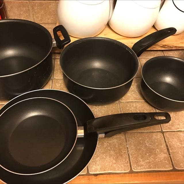 T-Fal 8pc pot Set