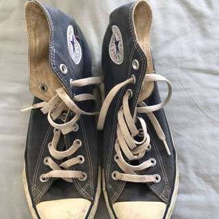 Converse High tops US9